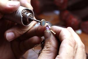 Repairing Jewelery